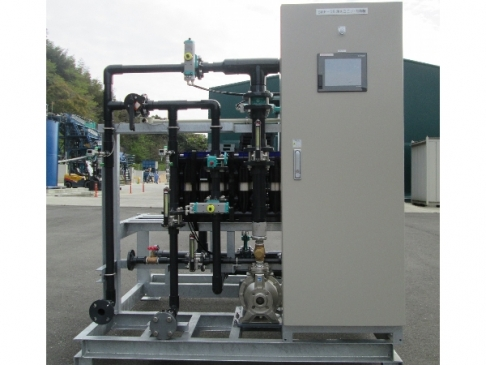 [Membrane filtration equipment for small-scale water-supply system (cassette-type)]
